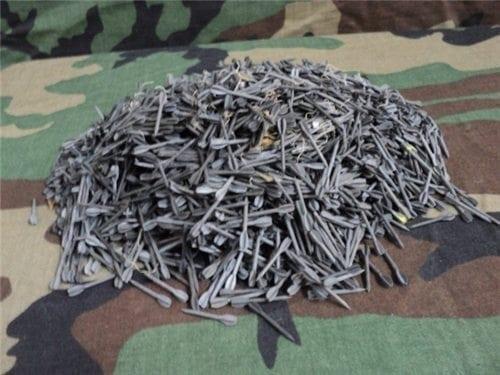 1″ flechette in bag of 4000 quantity.