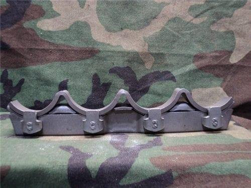 40mm L-60 Bofors four shot clip, solid center