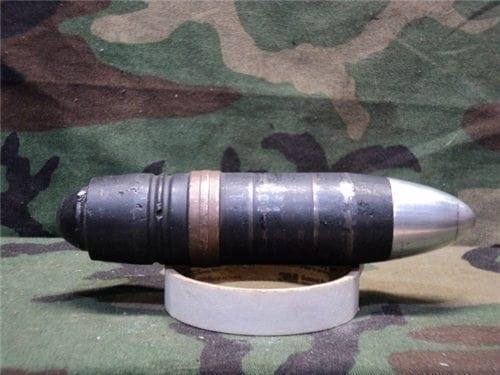 40mm L-70 black projectile