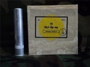 26.5 MM Flares/ White parachute. Comes in box of 10 flares.